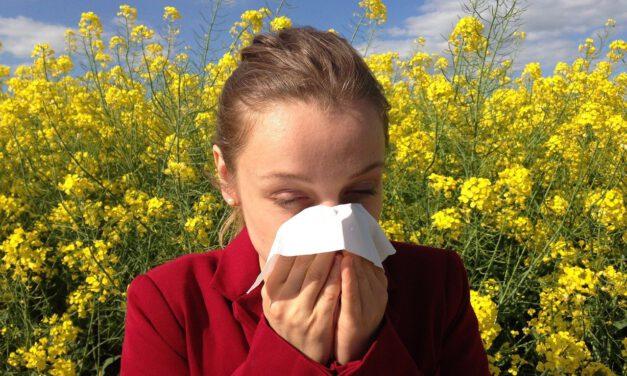 ¿Por qué tenemos más alergia por la noche?
