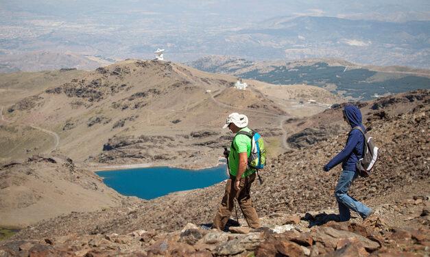 Verano y Sierra Nevada son compatibles. Arranca la temporada con actividades montañeras para todos los niveles