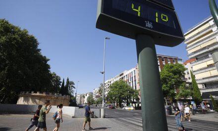 El tiempo en Andalucía hoy: Avisos naranjas por altas temperaturas para las provincias de Córdoba, Jaén y Granada
