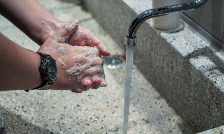 ¿Qué limpia mejor, el jabón, los desinfectantes o los sanitizantes?